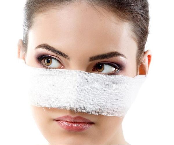 Nguyên nhân dẫn đến tình trạng sưng sau nâng mũi