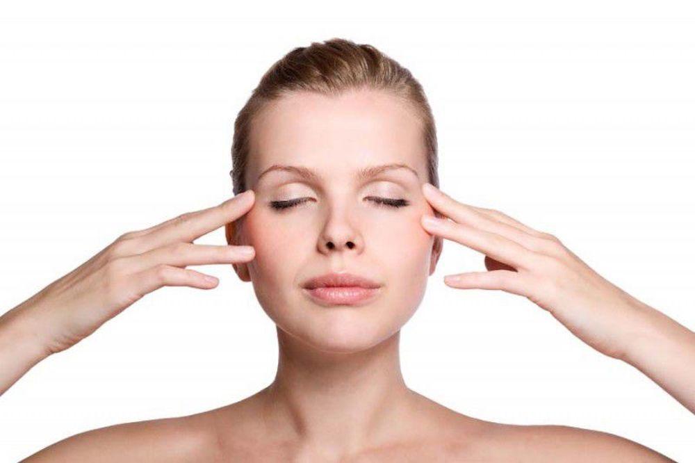 chăm sóc mắt hậu phẫu