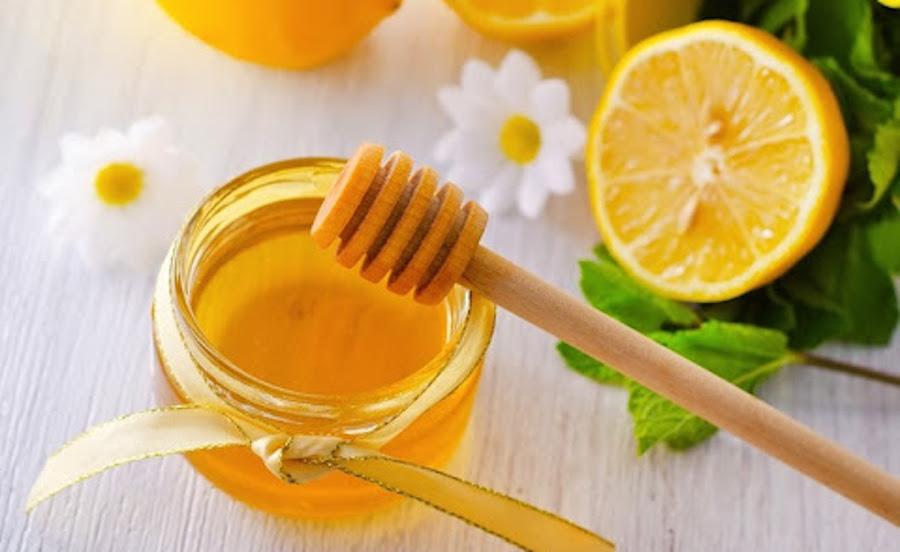 làm trắng da bằng chanh mật ong