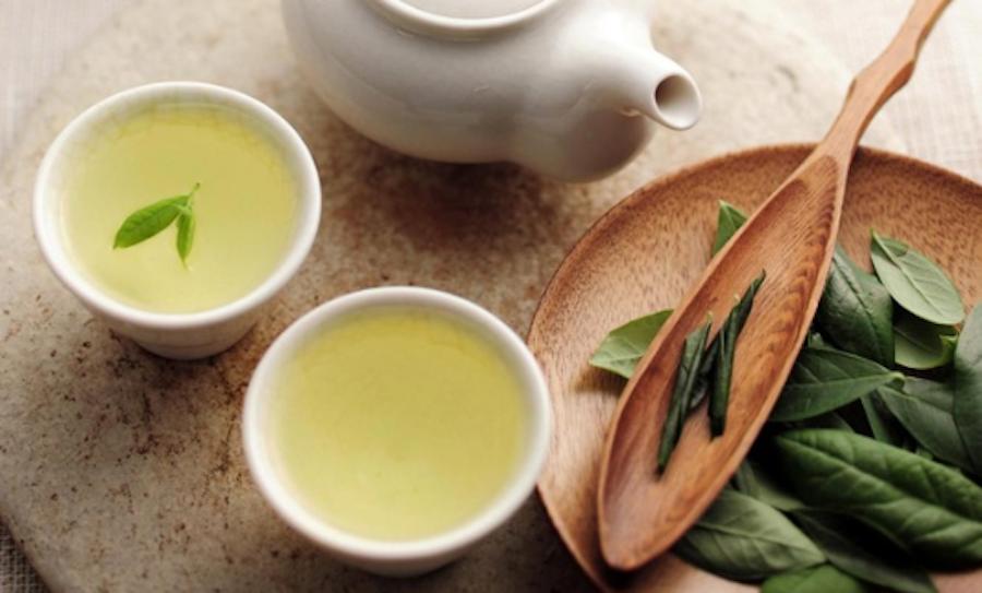 giảm mỡ bằng nước trà xanh