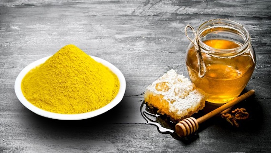 bột nghệ và mật ong