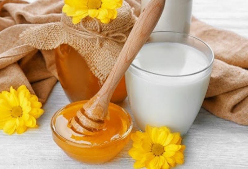 sữa tươi và mật ong