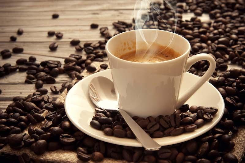 uống cafe thường xuyên