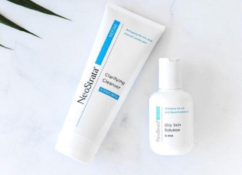 Sữa rửa mặt cho da mụn Neostrata Clarifying Facial Cleanser.