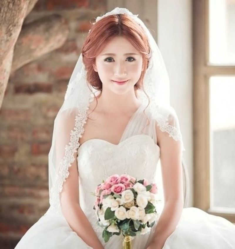trang điểm mặt cô dâu tròn